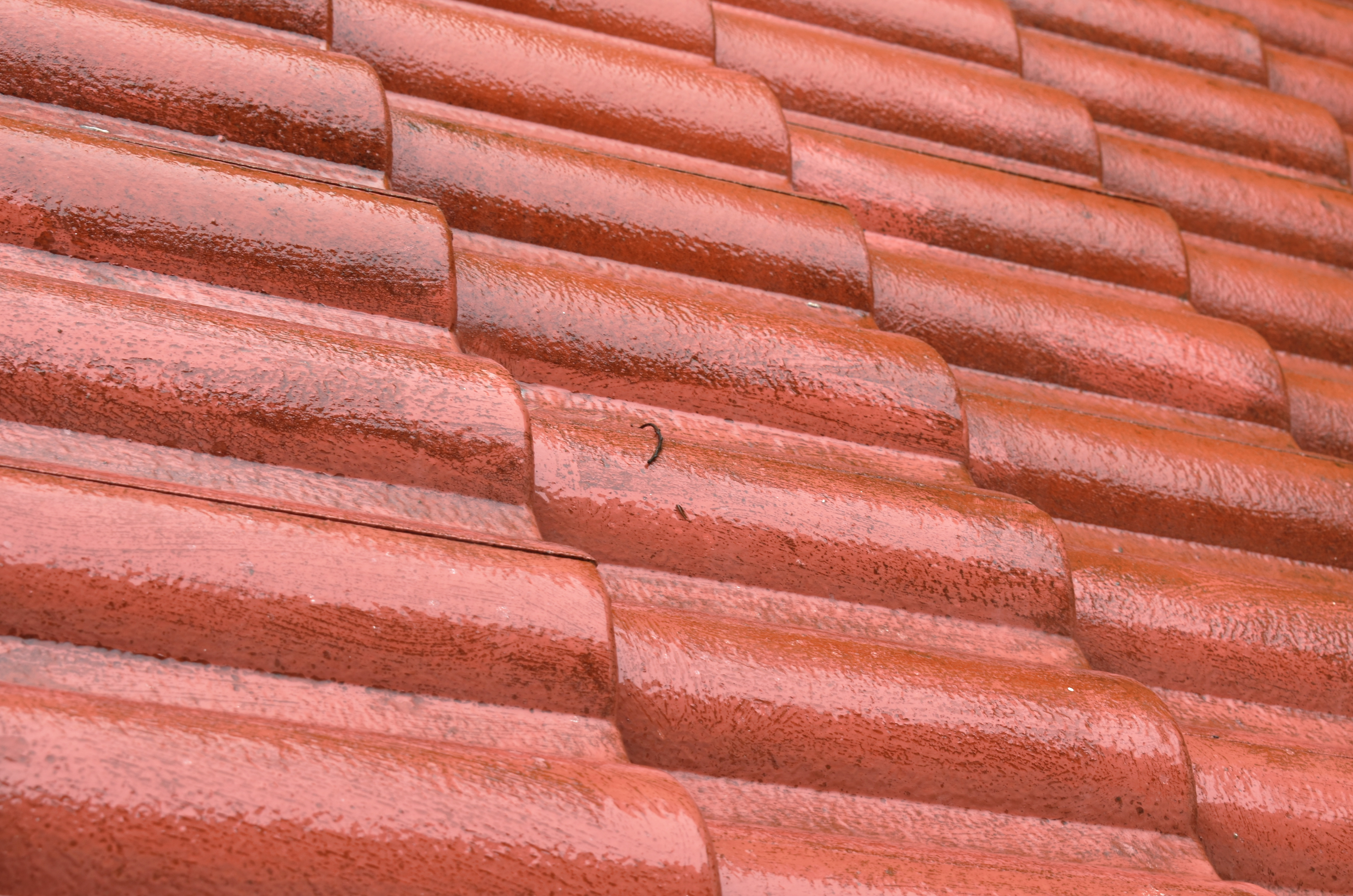 when to replace old roof tiles